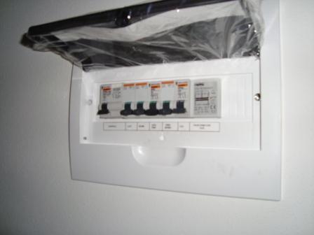 Quadro elettrico per appartamento decorare la tua casa - Quadro elettrico casa a norma ...